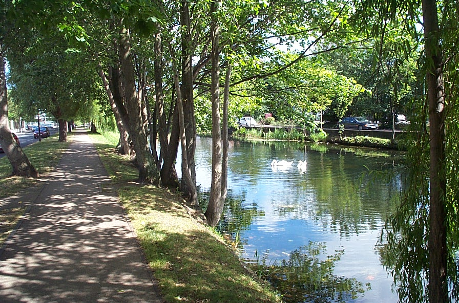 grand-canal-way